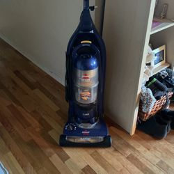 Bissell Vaccumm for Sale in Kent,  WA