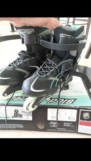 Barely used Blade runner advantage pro Women's US 8 for Sale in Miami, FL