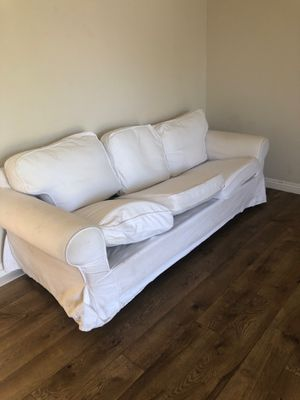 Free couches. Pickup this week for Sale in Sunnyvale, CA
