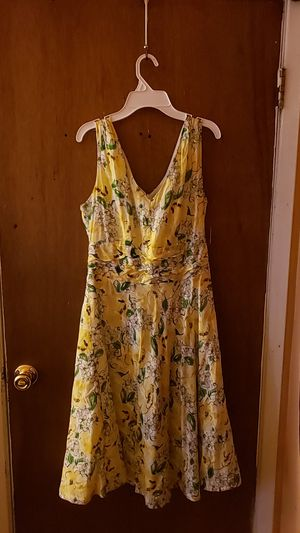 Yellow spring dress for Sale in Bexley, OH