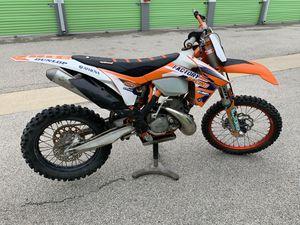 Dirt bike KTM 200 exc for Sale in Wheeling, IL