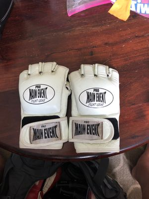 Main Event Fight Gear White MMA Gloves for Sale in Joplin, MO