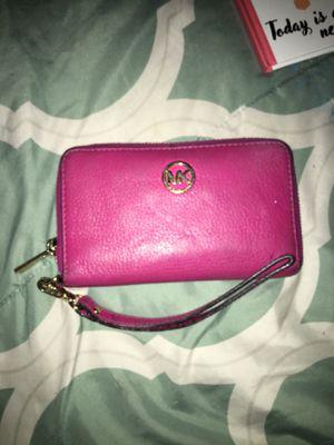 Michael Kora wallet like new for Sale in Hialeah, FL