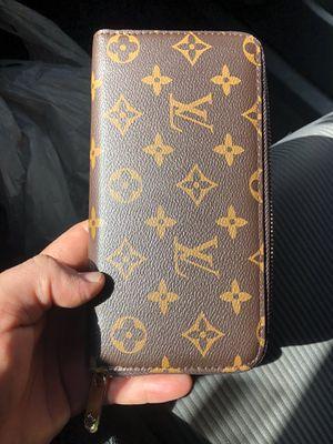 brand new womans zipper wallet for Sale in Las Vegas, NV