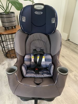 RECLINABLE GRACO CAR SEAT for Sale in Hialeah, FL