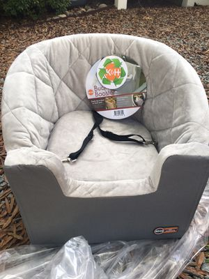 Dog car seat - K&H bucket booster size small for Sale in Durham, NC