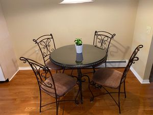 Kitchen table and chairs for Sale in Toms River, NJ