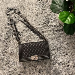 Chanel Black Bag for Sale in Los Angeles,  CA