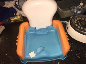 Children's portable booster seat for kitchen chairs for Sale in Allen Park, MI