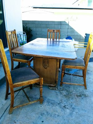 Antique table and chairs for Sale in Carlsbad, CA