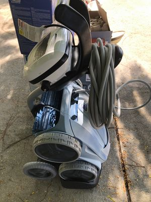 Polaris 9450 robotic pool cleaner for parts not working for Sale in Orlando, FL