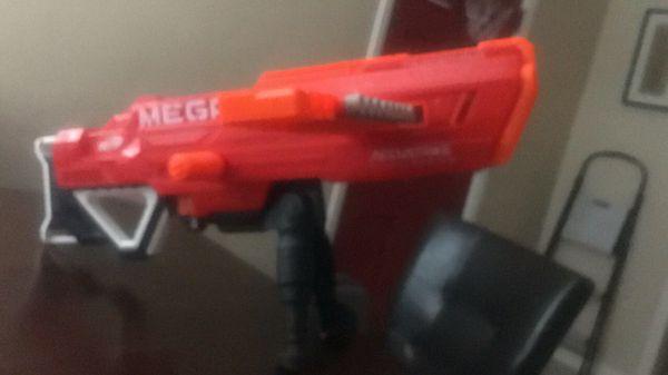 Mega Accustrike Nerf Gun
