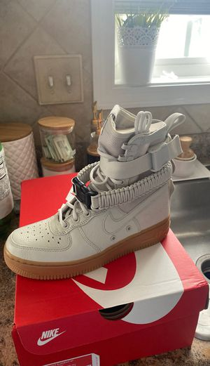 Nike Women's SF AF1 Casual Shoe size 6 for Sale in Fayetteville, NC