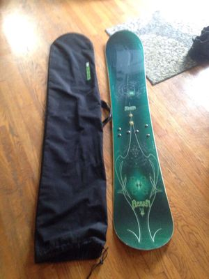 Burton snowboard and bag for Sale in Palos Heights, IL