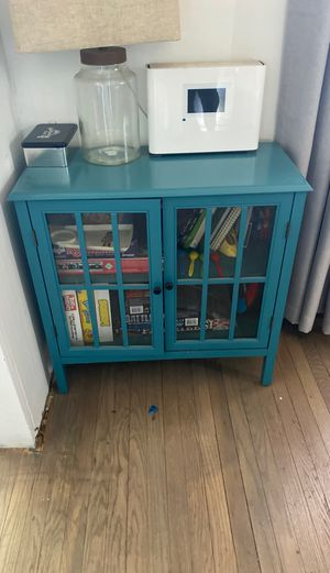 Wyndham Target Console Table plus Board Games for Sale in Los Angeles, CA