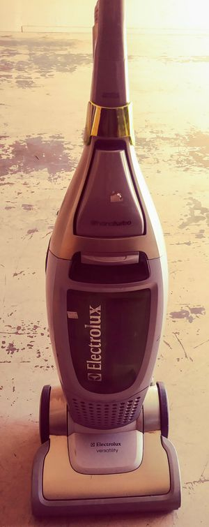 Deluxe Electrolux *for Repair or Parts for Sale in Riverside, CA