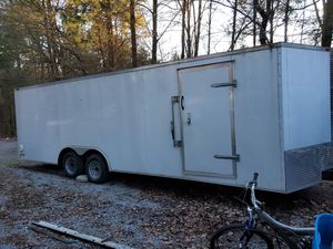 24ft enclosed trailer for Sale in Ashland City, TN