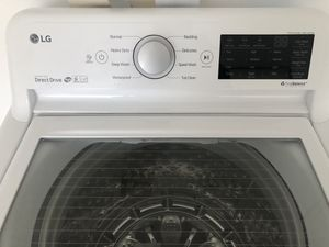 BRAND NEW LG SMART WASHER/DRYER for Sale in Alexandria, VA