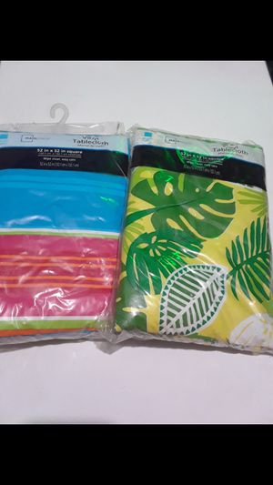 Summer Table Cloths $15.00 cash only (serious buyers) for Sale in Dallas, TX