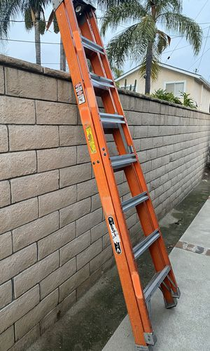 8 ft ladder for Sale in Chino, CA