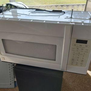 Kenmore Oven Stove Microwave for Sale in Naples, FL