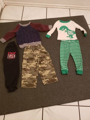 Baby boy size 2T for Sale in Moreno Valley, CA