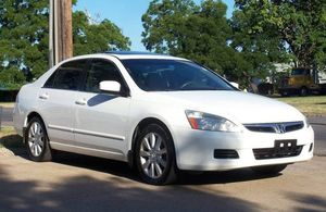 WHITE Honda 2OO6 Accord EX-L fully for Sale in New York, NY