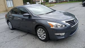 2015 Nissan Altima runs like new for Sale in Columbia, MD