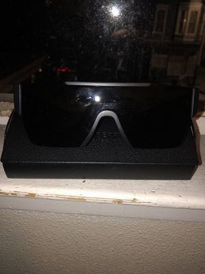 Burberry BE4291 Sunglasses for Sale in San Francisco, CA