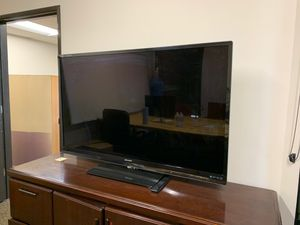 60 inch sharp smart tv for Sale in Auburn, WA