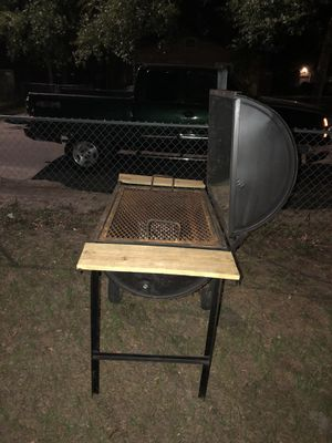 HOMEMADE BBQ GRILL for Sale in Tampa, FL