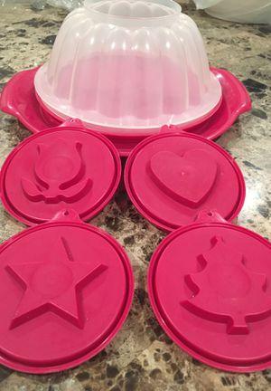 Tupperware Jello Mold for Sale in El Paso, TX