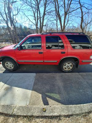 1999 chevy blazer 4×4 for Sale in Coventry, RI