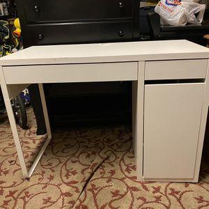 Desk for Sale in Goldsboro, PA