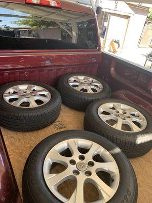 Rines 215/60/R16 con llantas nuevas para Toyota's de 5 virlos for Sale in Rancho Dominguez, CA