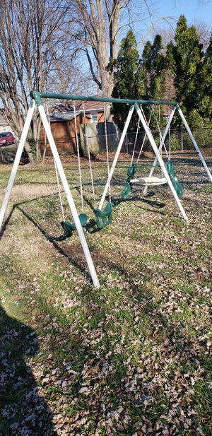 Swing set for Sale in Louisville, KY