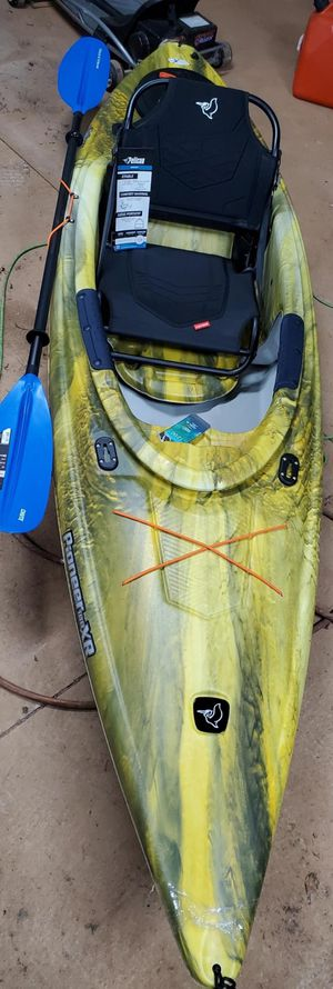 Pelican pioneer 100 xr kayak brand new with light weight paddle and comfort seat for Sale in Piedmont, SC