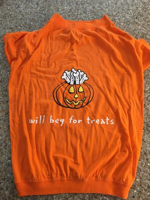 Dog Halloween T-Shirt XL for Sale in Delaware, OH