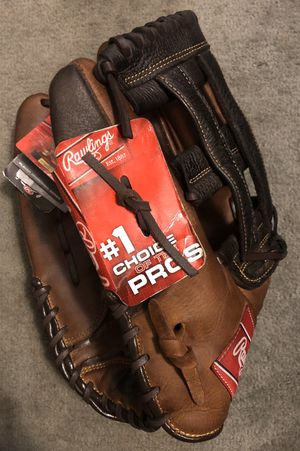 Left-Handed Throw Rawlings Player Preferred Softball Glove for Sale in Hacienda Heights, CA