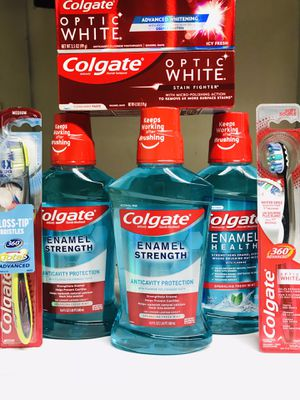 COLGATE MOUTHWASH TOOTHPASTE TOOTHBRUSH BUNDLE for Sale in Redondo Beach, CA