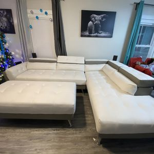 White Sectional Sofa for Sale in Kissimmee, FL