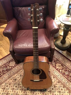 Fender acoustic guitar w/gig bag for Sale in Washington Boro, PA