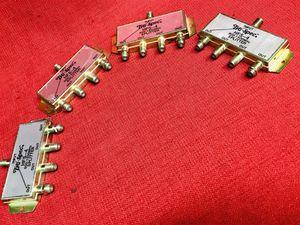 Lot of 4-Tru-Spec HFS-4 900-1500MHz Splitters for Sale in Moapa, NV