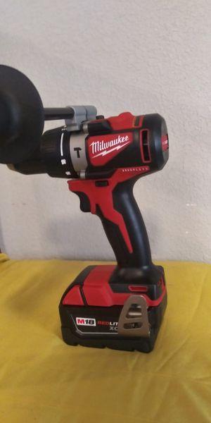 Hammer drill solo con pila for Sale in Dallas, TX