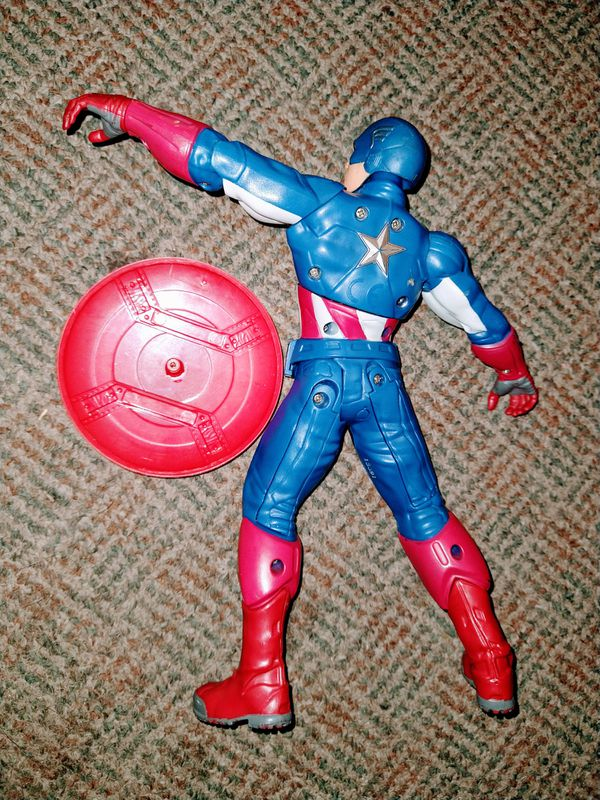 "Retired 2012 Marvel Talking Captain America Action Figure 10"" Tall throws shield"