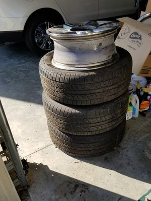 Cadillac DTS Wheel Rim and Tire for Sale in Apopka, FL