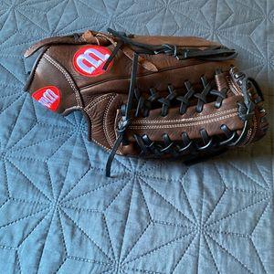 Wilson 12.5 Outfield Glove for Sale in Glendora, CA