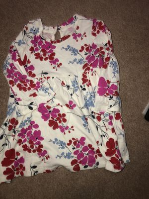 Baby gap dress 18-24 months for Sale in Elgin, IL