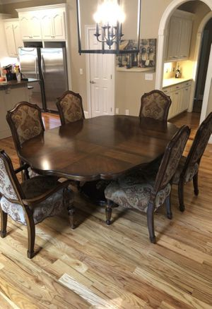Beautiful table for Sale in Spartanburg, SC