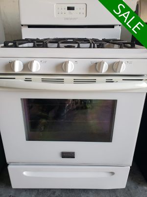 💥💥💥Frigidaire LIMITED QUANTITIES! Gas Stove Oven 5 Burner #1532💥💥💥 for Sale in Riverside, CA